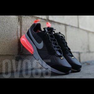 Nike Air 270 Futura